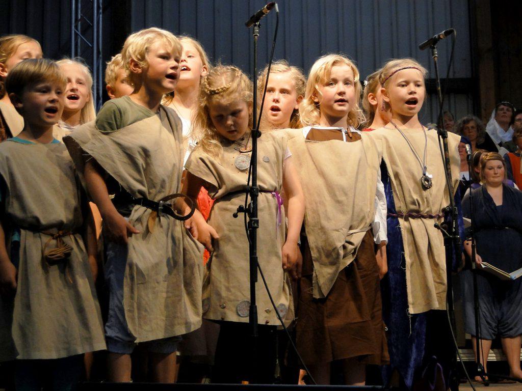 Kinderchor bei der Carmina Burana